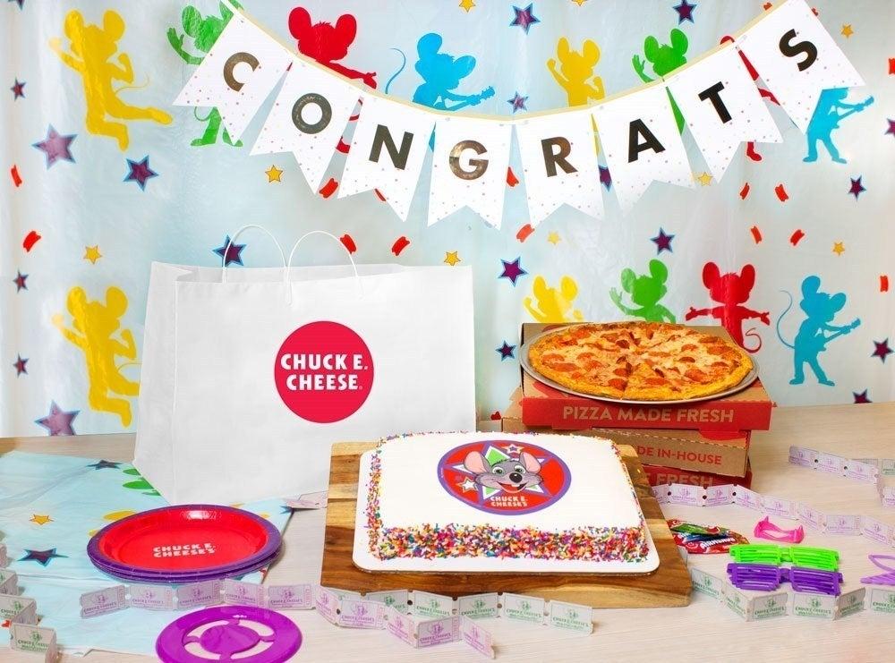 chuck-e-cheese-pizza-party