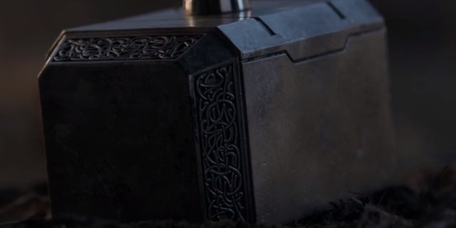Watch Captain America Pick Up Mjolnir in Officially Released Avengers: Endgame Scene