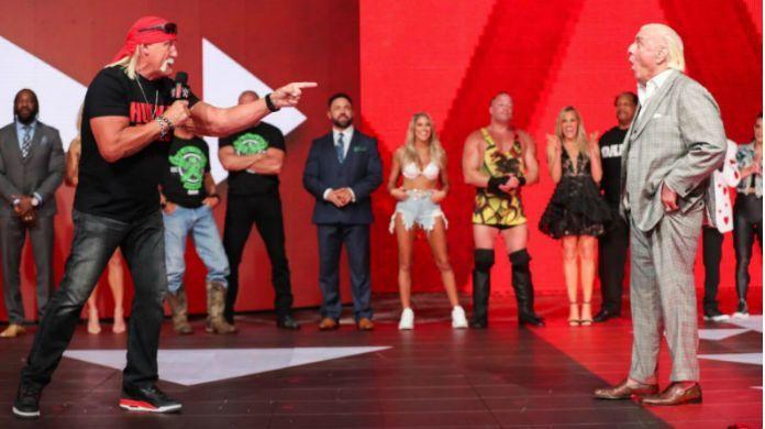 Hulk-Hogan-Ric-Flair-WWE-Raw-Reunion