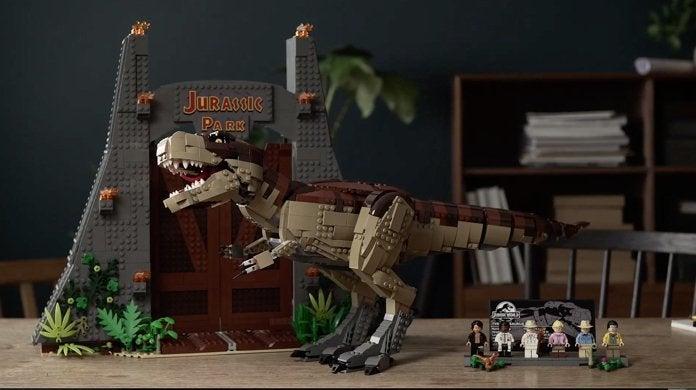 jurassic-park-lego-t-rex-rampage-top