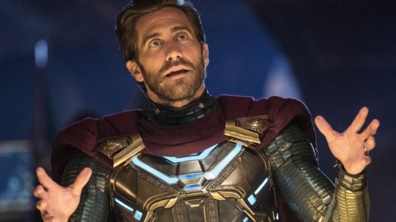 Spider-Man: Far From Home Fan Makes an Epic Mysterio Cosplay