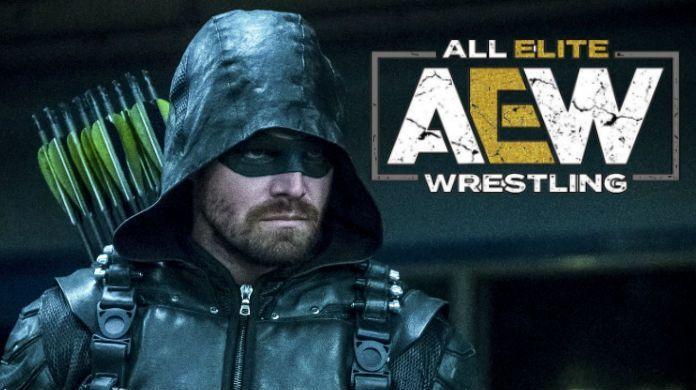 Stephen-Amell-AEW-Arrow