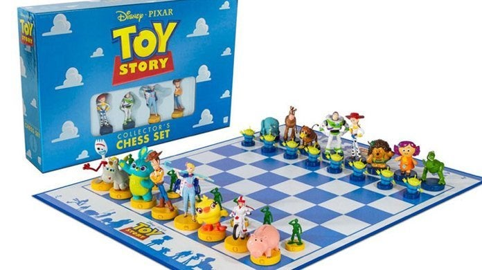 toy-story-chess-set-top