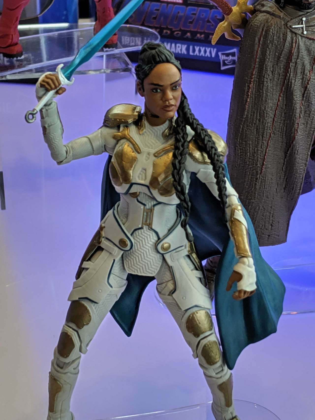 valkyrie-suit-marvel-legends
