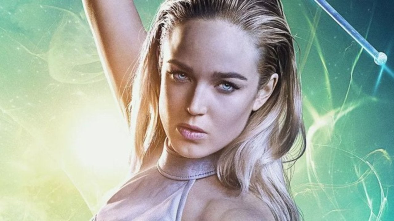 Caity Lotz Shares Arrow Flashback to Her Attempts of the Salmon Ladder