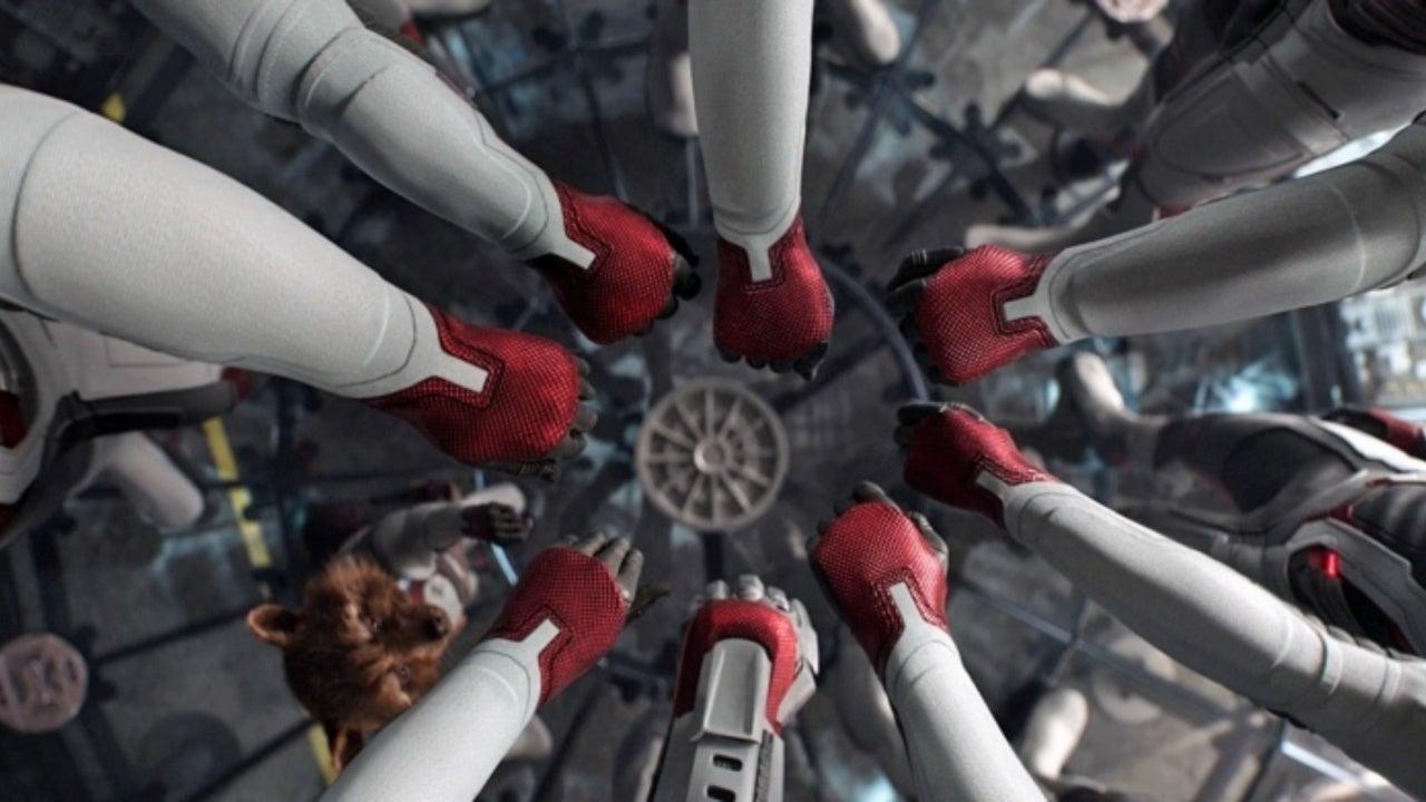 Avengers: Endgame Secret Screenings Led to Directors Adding Time Travel Explanation Scenes