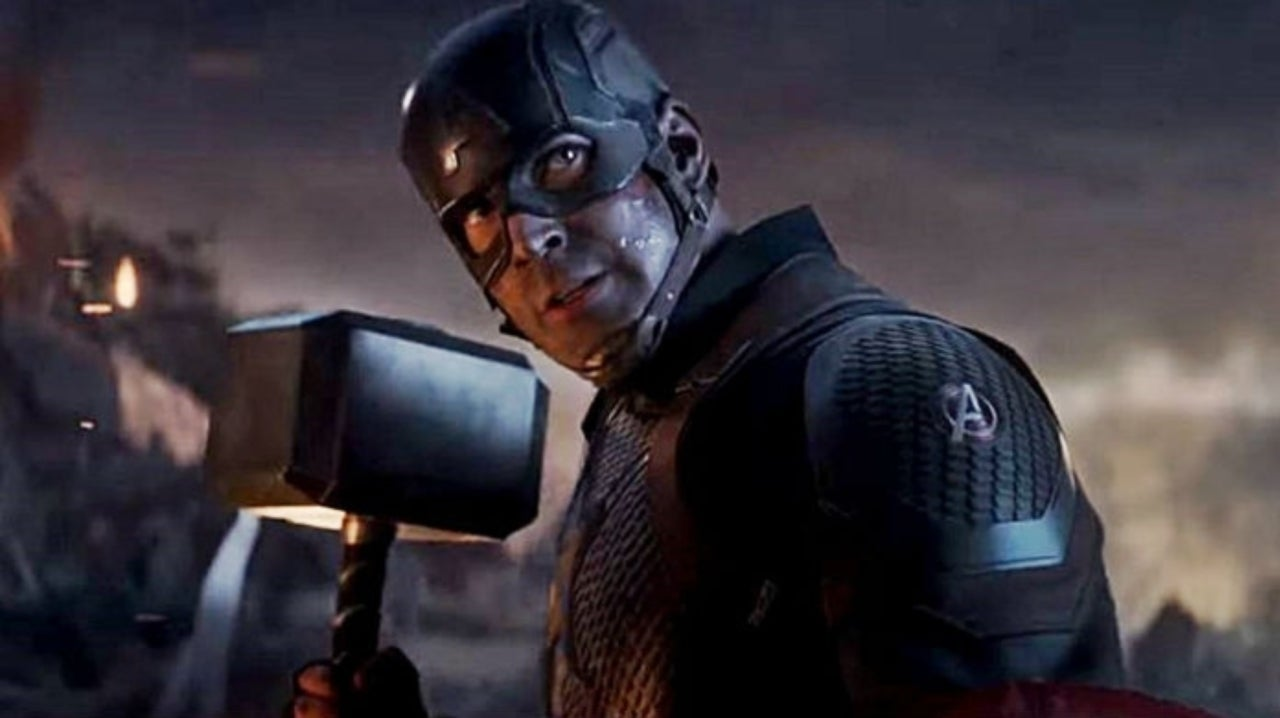 Marvel Fan Shares Side-by-Side of Thor and Captain America Wielding Mjolnir