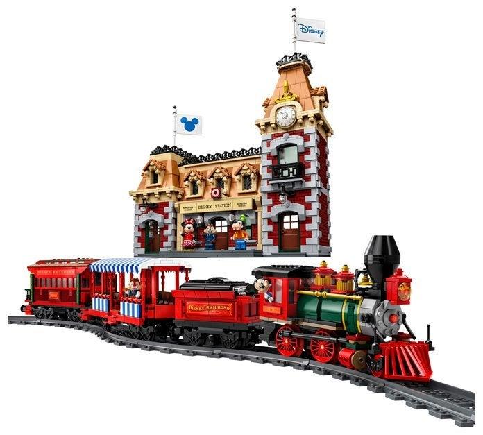 disney-train-and-station-lego-2