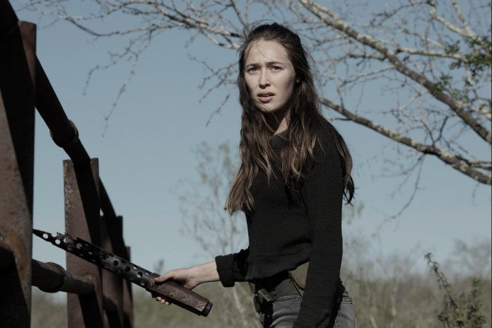 Fear the Walking Dead Alicia weapon