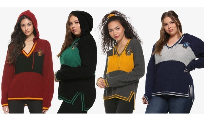 harry-potter-hogwarts-hooded-sweaters-hot-topic