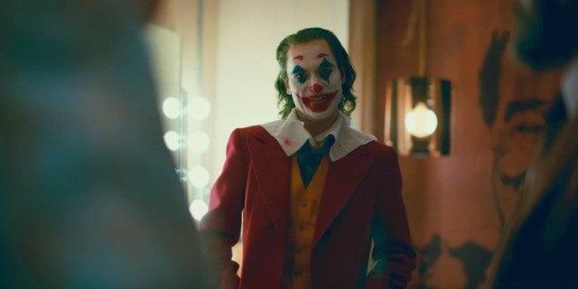 Joker Movie Trailer Joaquin Phoenix Joker Laugh Fan Reactions