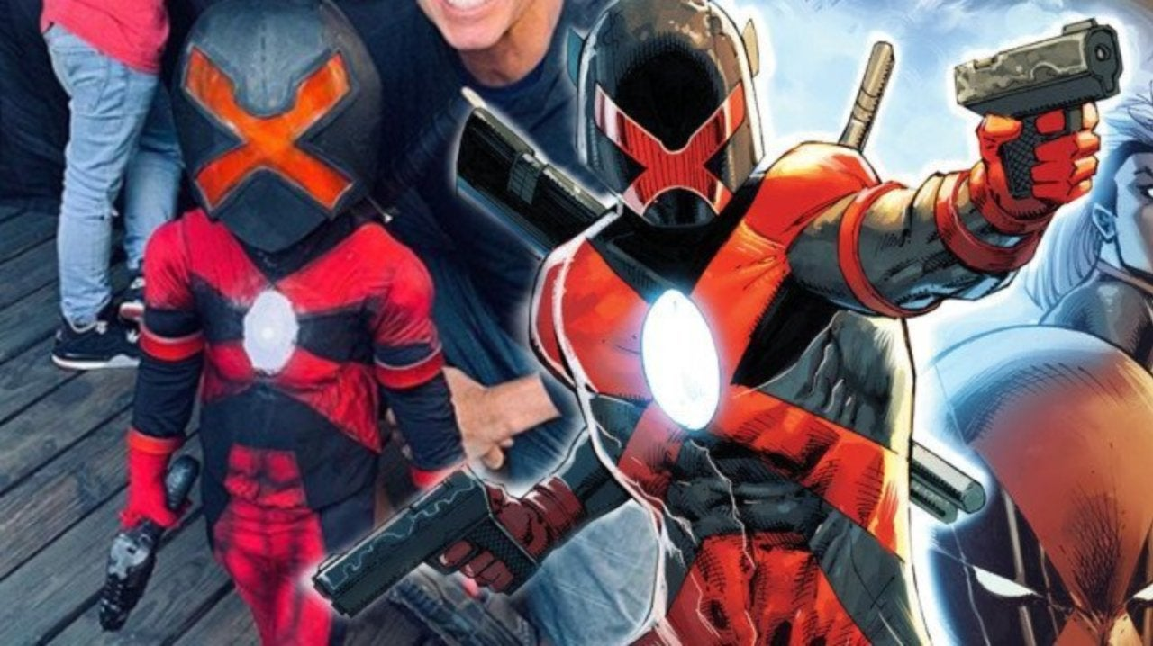 Deadpool Creator Rob Liefeld Posts Photo With Young Major X Cosplayer