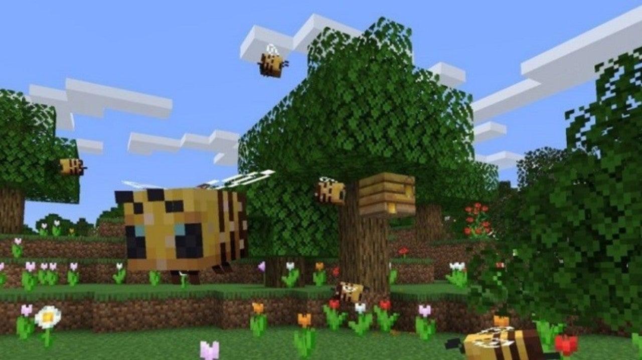 Minecraft Now Has Fuzzy Bees