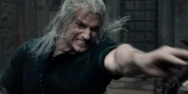 Netflix-The-Witcher-Henry-Cavill-Geralt
