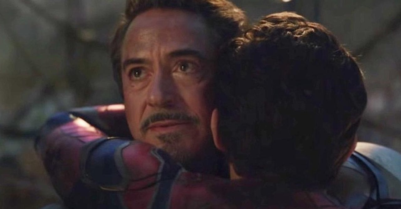 spider man iron man hug