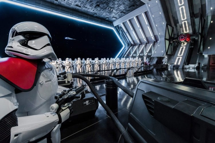 star wars rise of the resistance ride galaxy's edge