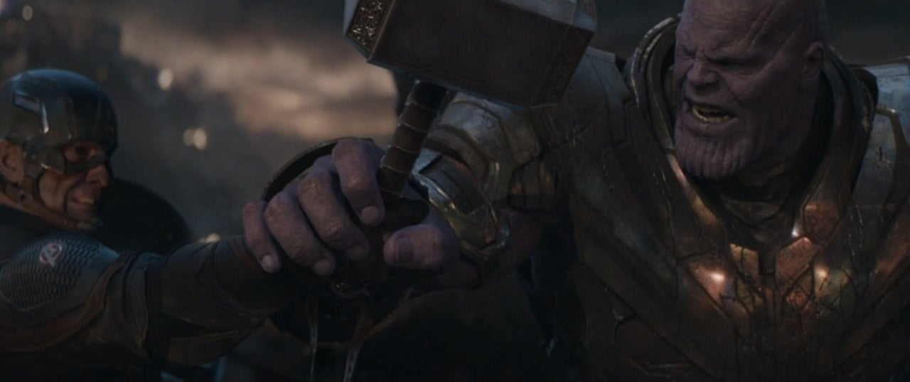 Avengers: Endgame Has an Actually Interesting Detail With Cap's Hand, Thor's Hammer, and Thanos