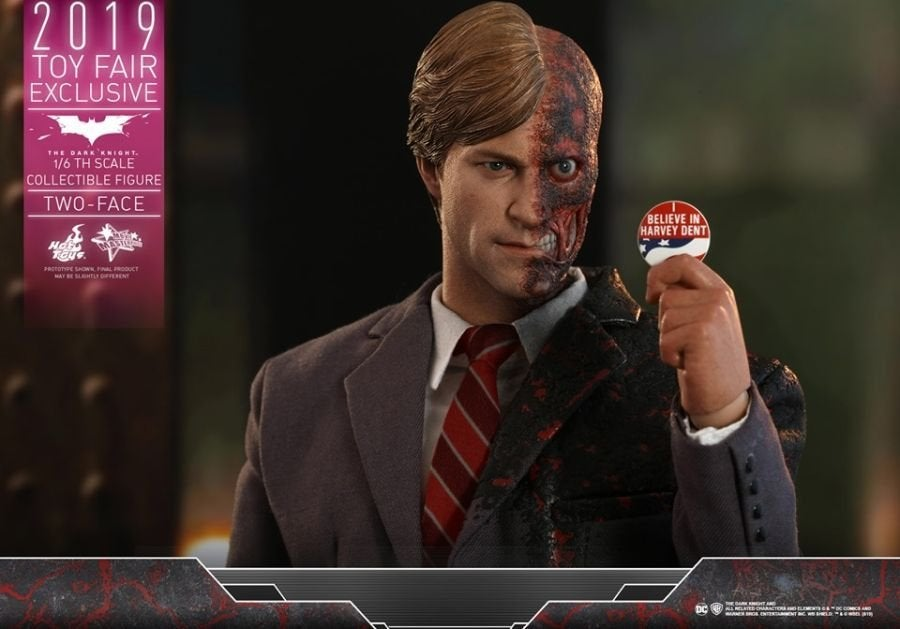 The Dark Knight Rises Two-Face Hot Toys 12