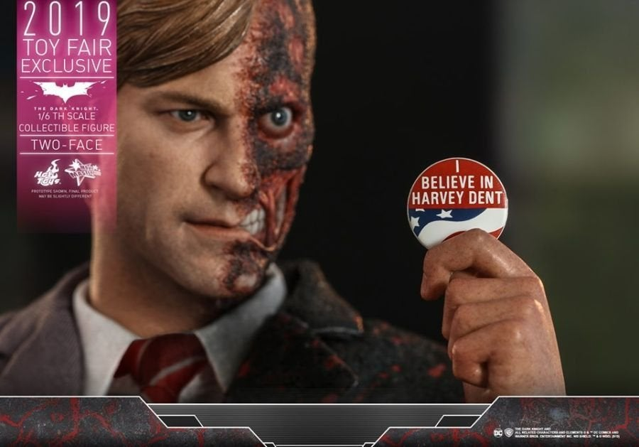 The Dark Knight Rises Two-Face Hot Toys 16