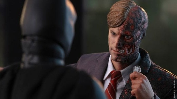 The Dark Knight Two-Face Hot Toys