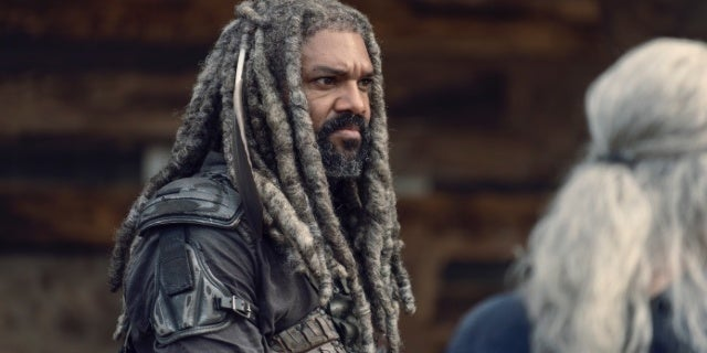"King Ezekiel's Journey Takes a ""Surprise Left Turn"" in The Walking Dead Season 10"