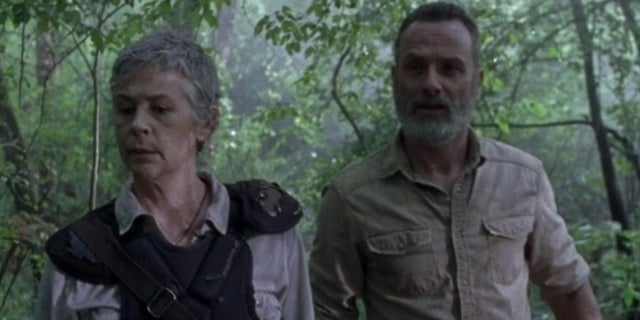The Walking Dead Rick Carol Warning Signs