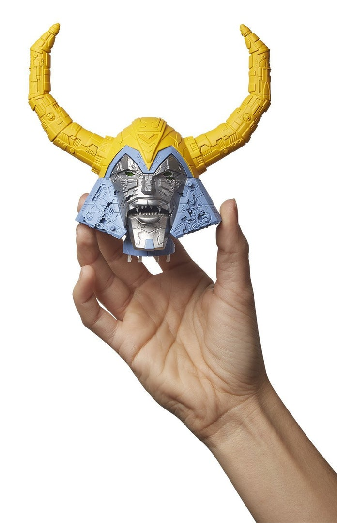 Transformers-Unicron-HasLab-Removable-Head-3
