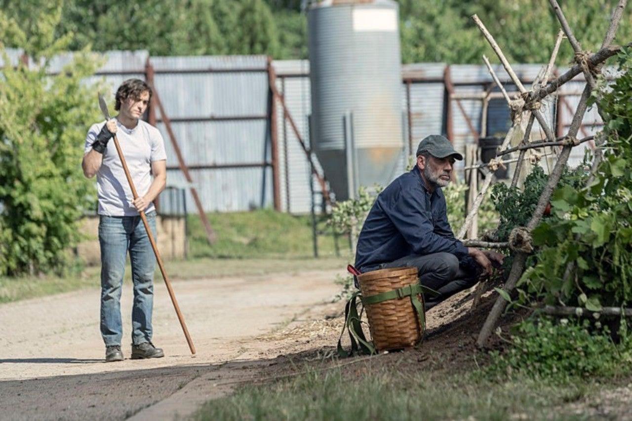 The Walking Dead Casts Negan's Next Victim, Key Comic Character