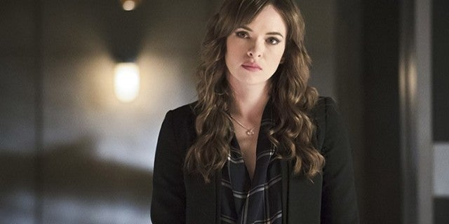 The Flash Star Danielle Panabaker Discusses How the Show Will Handle Her Pregnancy