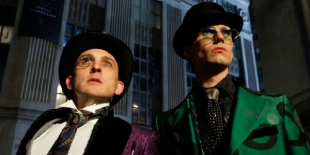 Gotham Star Robin Lord Taylor Addresses Homophobic Reactions to Penguin's Feelings for Riddler