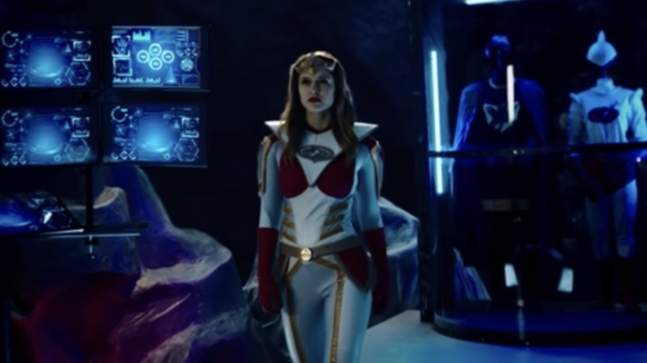 First Jay and Silent Bob Reboot Clip Features Supergirl's Melissa Benoist