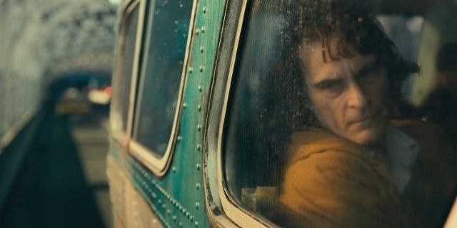 joker movie photos joaquin phoenix 10