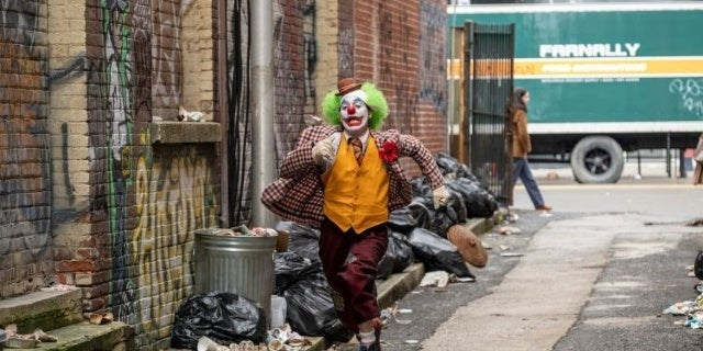 joker movie photos joaquin phoenix 4
