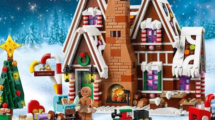 lego-gingerbread-house-top