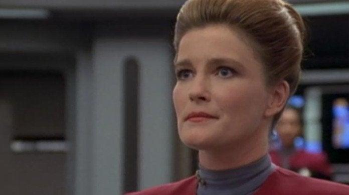 Star Trek Voyager Janeway Caretaker