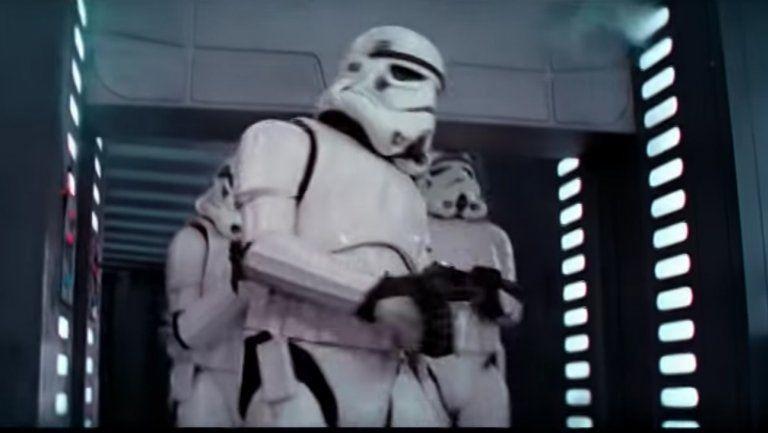 star-wars-storm-trooper-bangs-head-death-star-empire-strikes-door