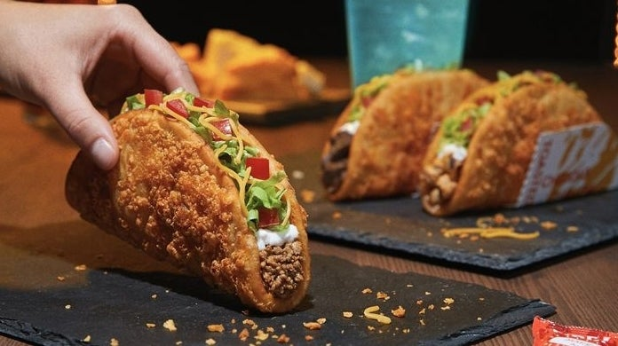 taco-bell-toasted-cheddar-chalupa