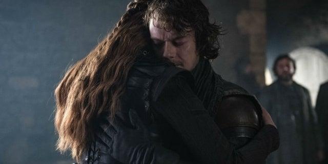 Game of Thrones Star Alfie Allen Shares Epic Cast Selfie from Emmys