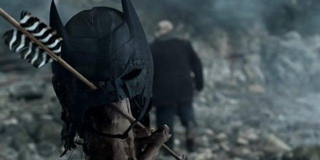 Arrow Season 8 Premiere Batman Mask Lian Yu