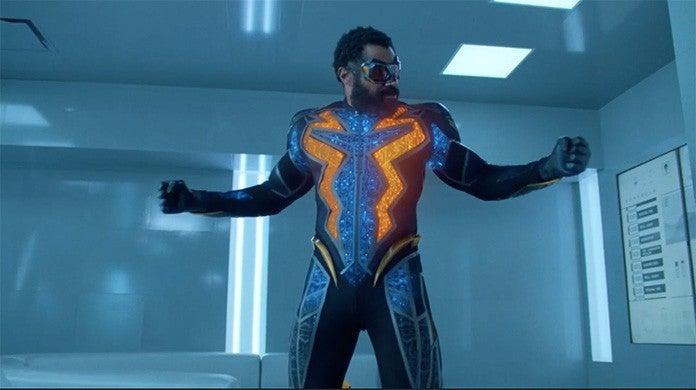 black lightning new suit season 3