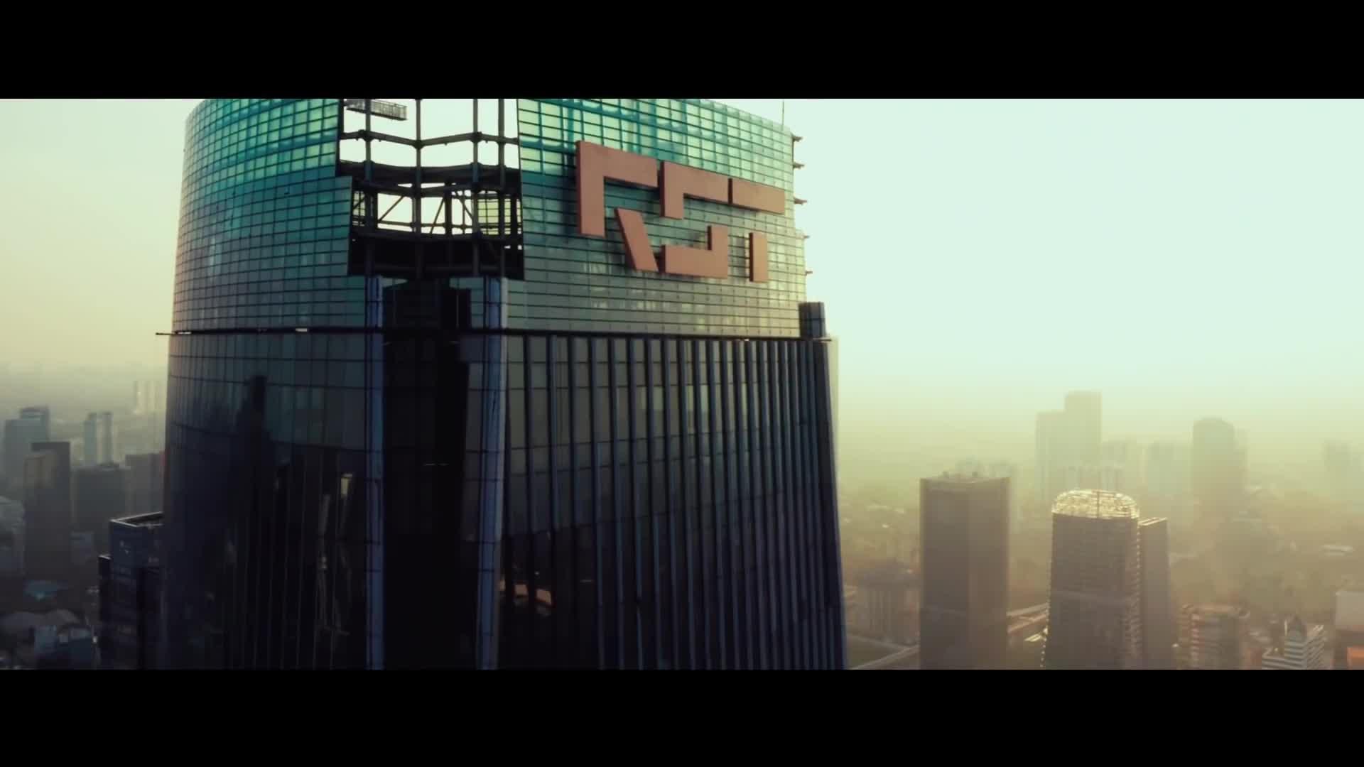 Bloodshot - Official Trailer #1 [HD] screen capture