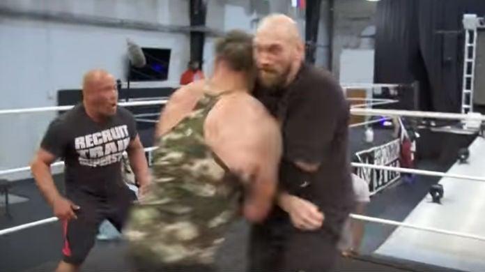 Braun-Strowman-Tyson-Fury-Attack