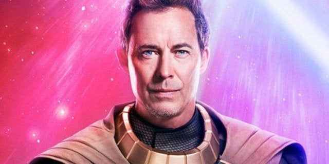 Crisis on Infinite Earth Reveals First Official Look at Tom Cavanagh as Pariah