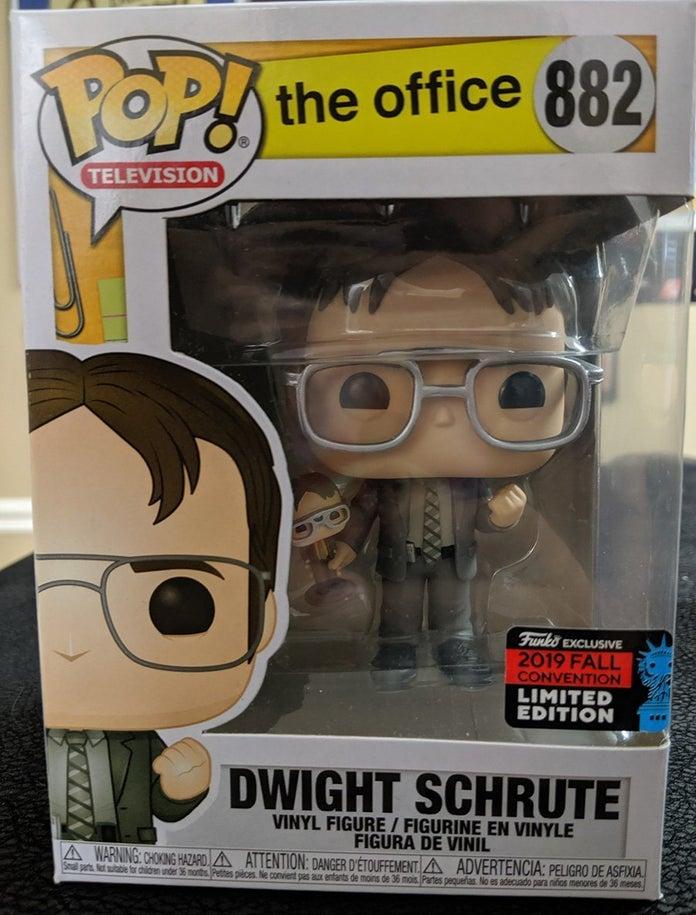 Funko-POP-Spotlight-Dwight-Schrute