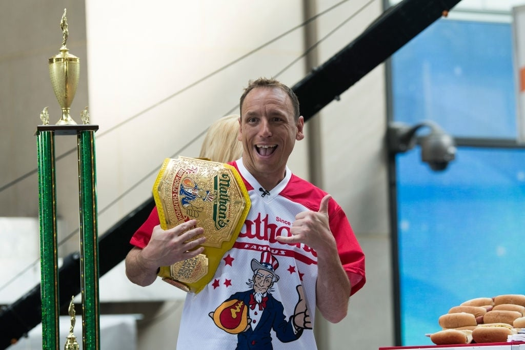 joey chestnut thumbs up