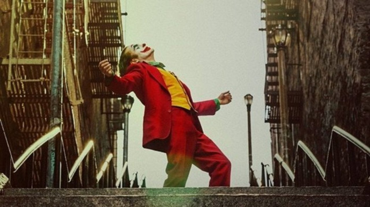 Lucky Fan Caught Joaquin Phoenix's Joker Stair Scene on Video in Real Time