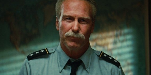 William Hurt Reportedly Spotted on Marvel's Black Widow Set