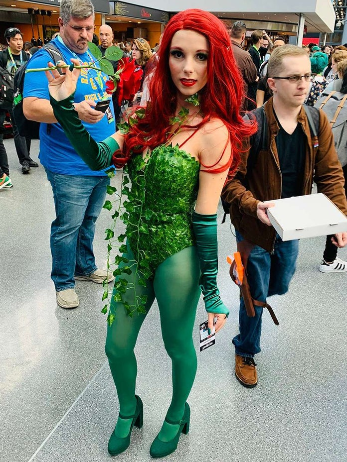 NYCC-Cosplay-DC-Poison-Ivy