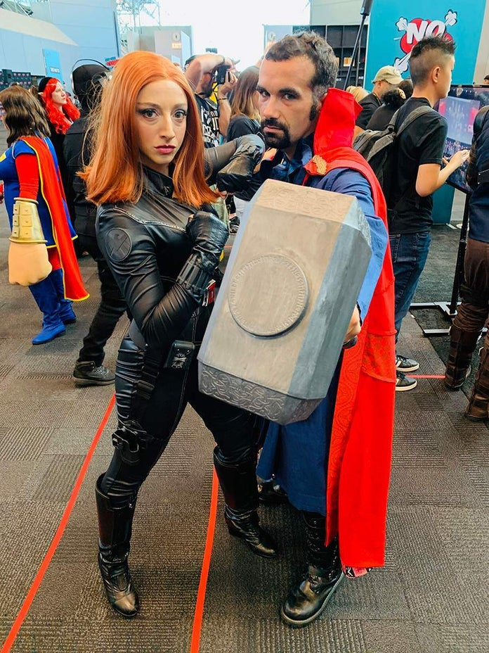 NYCC-Cosplay-Thor-Black-Widow