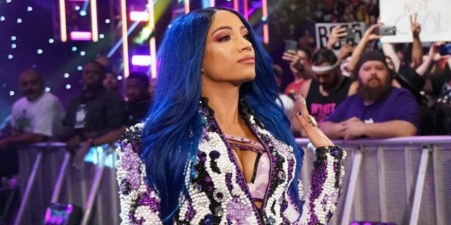 Sasha Banks Officially Pulled From WWE Raw Match, Becky Lynch vs. Charlotte Flair Confirmed